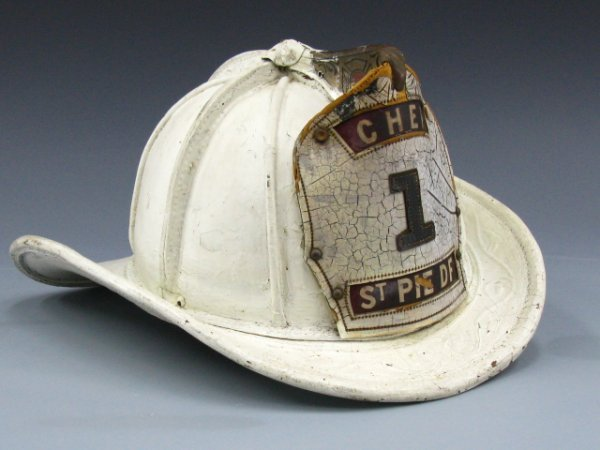 "8: A FIRE CHIEF WHITE HELMET ""ST PIE DF"""