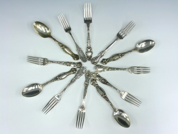 12 STERLING SILVER VICTORIAN FORKS & SPOONS