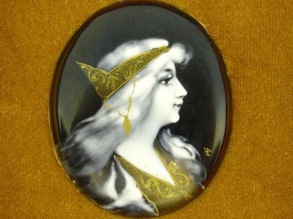 AN ART NOUVEAU FRENCH ENAMEL PLAQUE