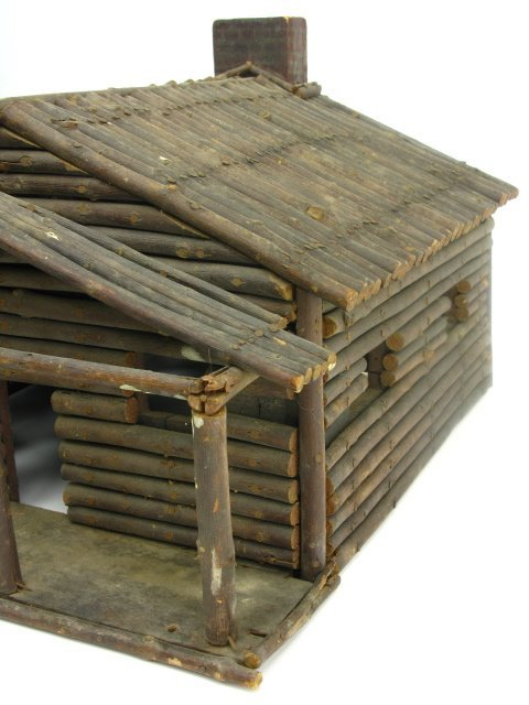 FOLK ART MINIATURE LOG CABIN MODEL - 3