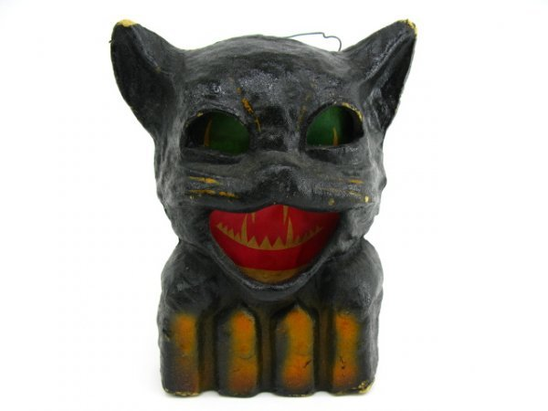131: 1940'S BLACK CAT HALLOWEEN LANTERN