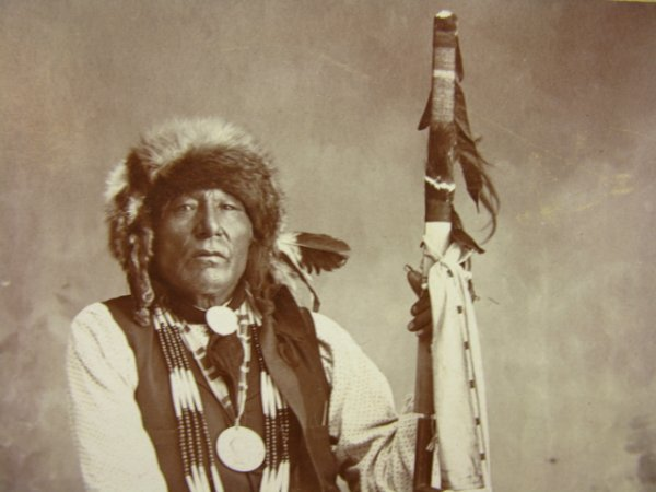 504: PONCA CHIEF WHITE EAGLE CABINET PHOTO