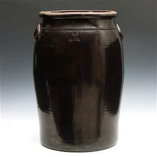 A RARE 16 GALLON STORAGE JAR SIGNED LINCOLN POTTERY