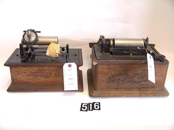 516: TWO CYLINDER PHONOGRAPHS FOR PARTS INCL. EDISON ST