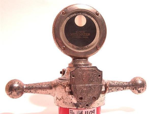 1109: ANTIQUE AUTO MOTOMETER BY BOYCE W/DOGBONE & SHIEL