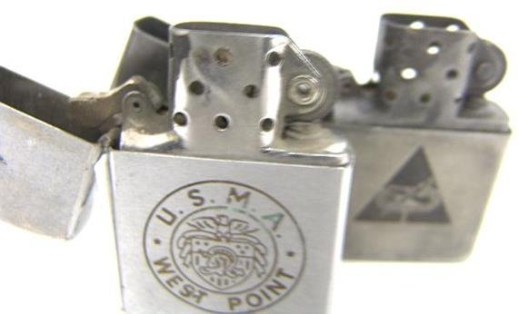 1401: TWO VINTAGE MILITARY ZIPPO LIGHTERS - 8