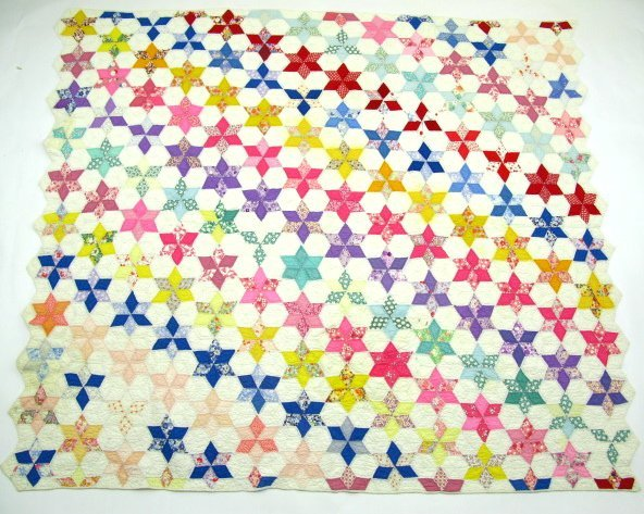 HAND STITCHED & QUILTED STAR OF DAVID QUILT - 2