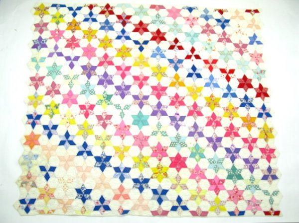 HAND STITCHED & QUILTED STAR OF DAVID QUILT - 3