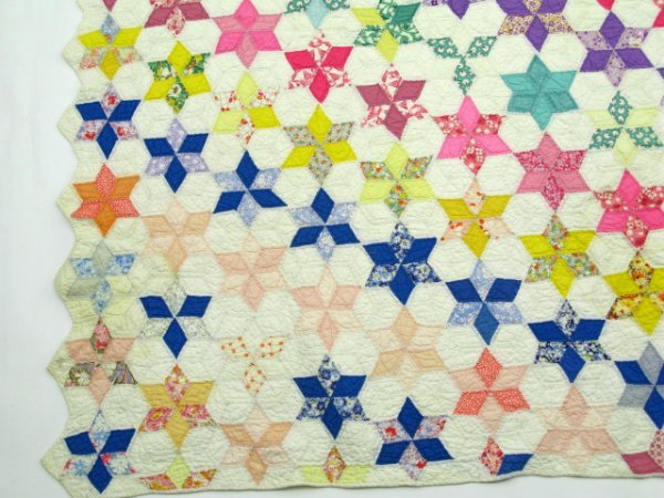 HAND STITCHED & QUILTED STAR OF DAVID QUILT - 4
