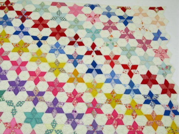 HAND STITCHED & QUILTED STAR OF DAVID QUILT - 6
