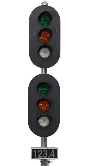 VINTAGE MINIATURE RAILROAD BLOCK SIGNALS WITH CONTROLS