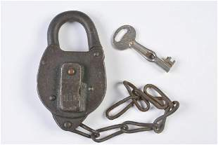 SAN ANTONIO & ARANSAS PASS RAILWAY PADLOCK W/ KEY