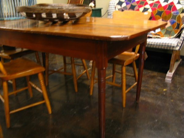 20: MID-19TH CENTURY POPLAR COUNTRY FARM TABLE