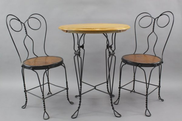 188A: EARLY 1900'S ICE CREAM PARLOR TABLE & CHAIR SET