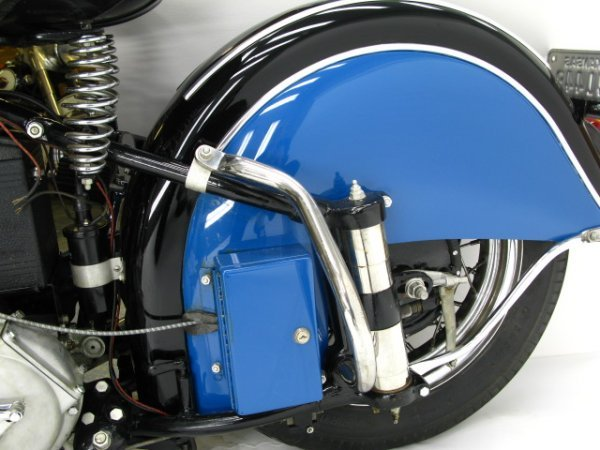 1941 INDIAN SPORT SCOUT MOTORCYCLE - 6
