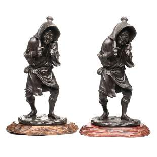 A PAIR MEIJI PERIOD JAPANESE BRONZE PEASANT FIGURES