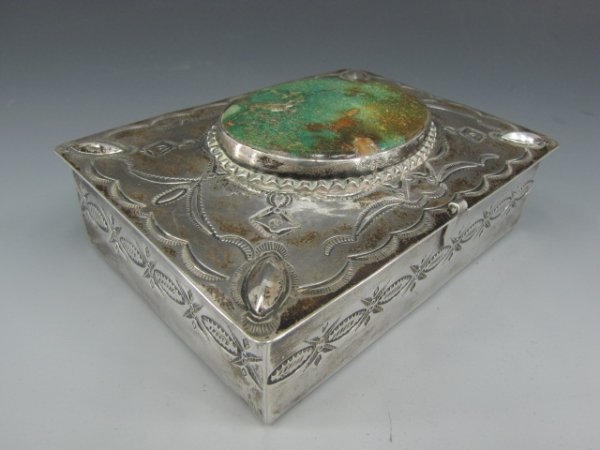 A HANDSOME NAVAJO STERLING BOX WITH TURQUOISE