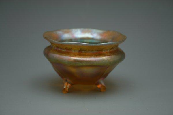 A TIFFANY FAVRILE ART GLASS SALT CELLAR