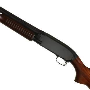 A GOOD WINCHESTER 12 GAUGE MODEL 12 PUMP SHOTGUN