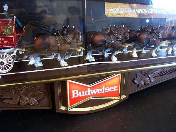 121: BUDWEISER BEER BAR HANGING CLYDESDALE SPECTACULAR, - 9