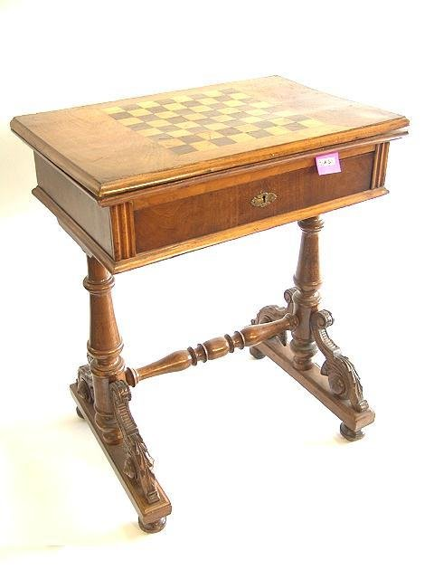 511: EARLY GAMES TABLE WITH FLIP TOP  AND INLAID GAME B