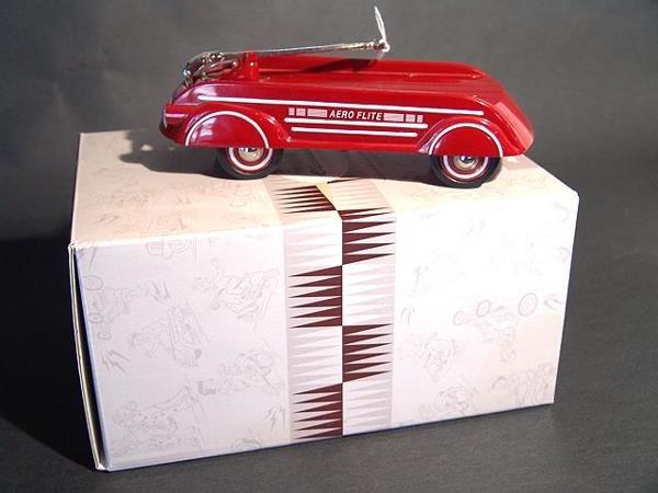 1315: HALLMARK KIDDIE CAR CLASSICS 1940 GARTON WAGON MI
