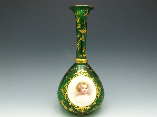 A MOSER (attributed) VASE WITH CHILD PORTRAIT MEDALLION