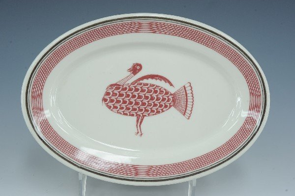 AN AT&SF MIMBRENO PATTERN OVAL PLATTER WITH TURKEY