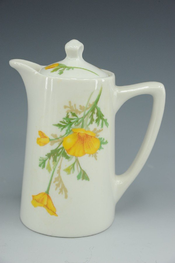 AN AT&SF CALIFORNIA POPPY CHOCOLATE POT & LID