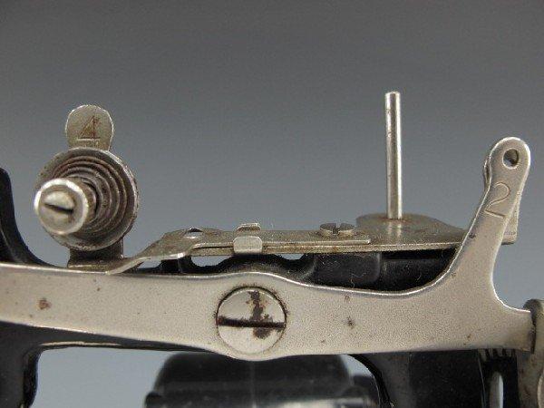 SINGER MODEL J-1 SEWING MACHINE - 2