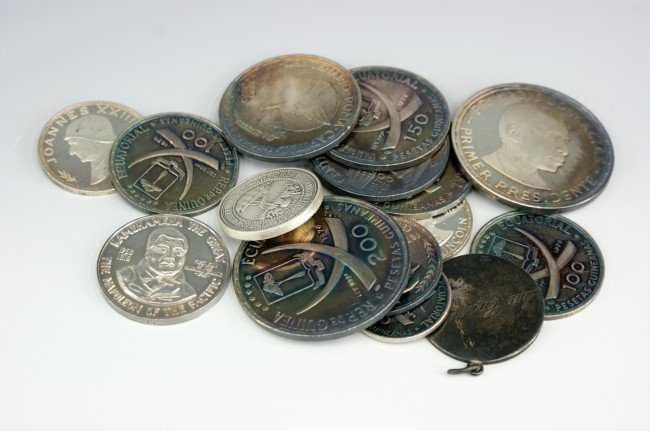 FOREIGN SILVER MEDALLIONS