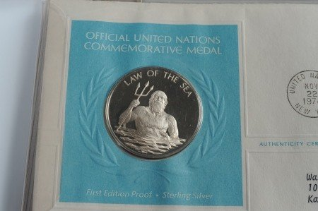 SET OF UN COMMEMORATIVE STERLING SILVER MEDALS - 2