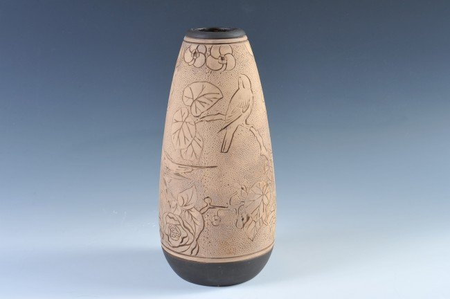 A WELLER BURNTWOOD ART POTTERY VASE WITH BIRDS