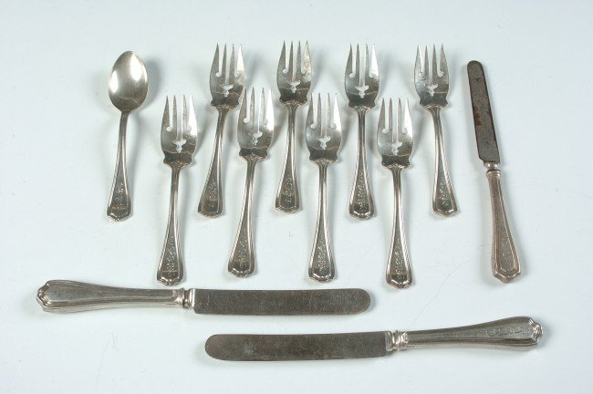 REED AND BARTON HEPPLEWHITE STERLING FLATWARE