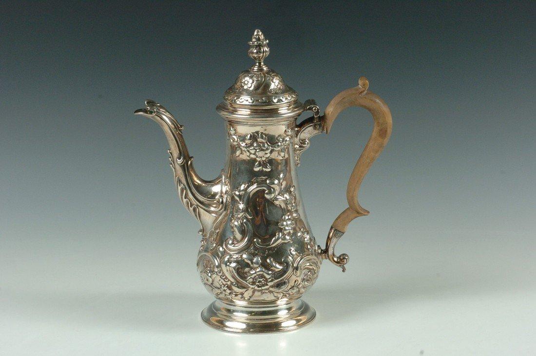AN 1843 LONDON STERLING COFFEE POT