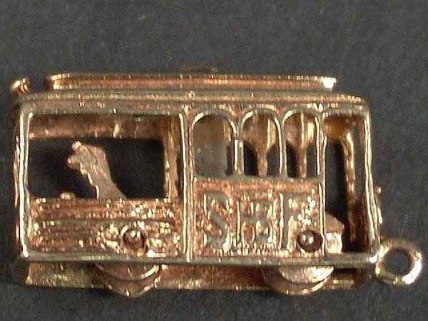300: 14 K GOLD CHARM--SAN FRANCISCO CABLE CAR STANHOPE