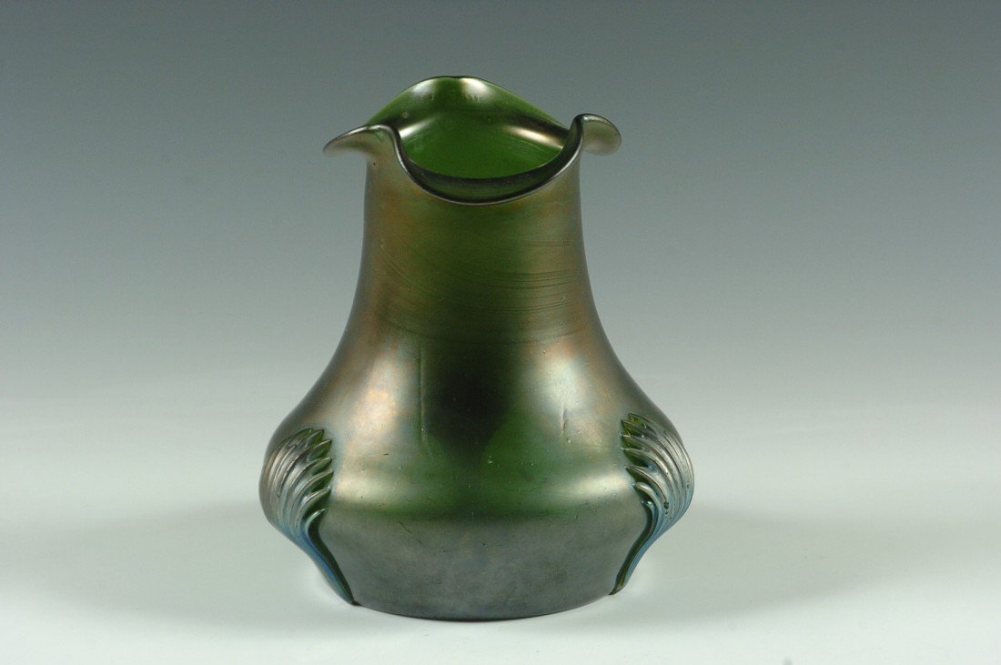 A KRALIK AUSTRIAN ART GLASS VASE