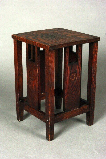 LAKESIDE/SHOP OF THE CRAFTERS MISSION OAK LAMP TABLE