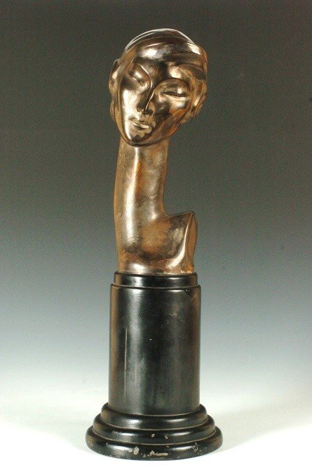 AN ART DECO SILVERED BRONZE SCULPTURE