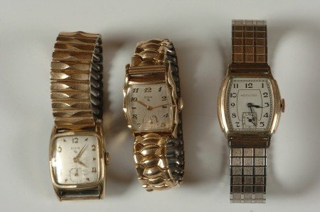 THREE VINTAGE MEN'S WRISTWATCHES