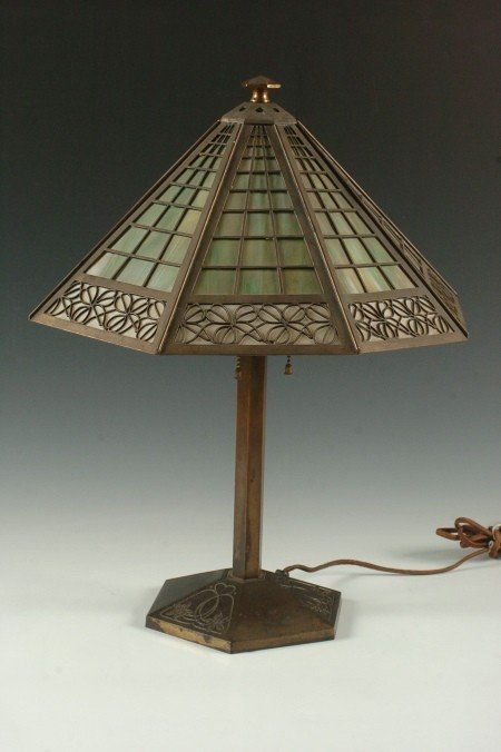 SIGNED BRADLEY & HUBBARD ARTS AND CRAFTS LAMP
