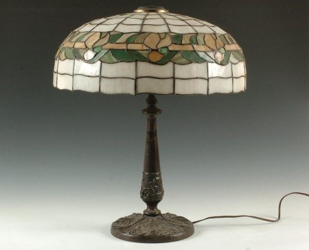 CIRCA 1920 TABLE LAMP WITH LEADED GLASS SHADE