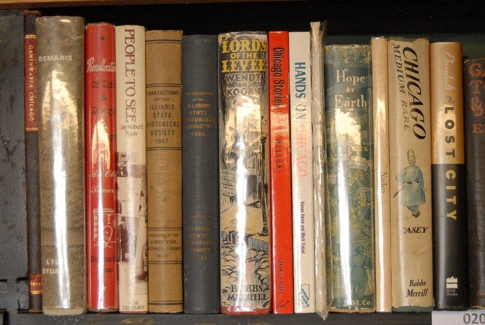 LOT OF 33 BOOKS ON ILLINOIS