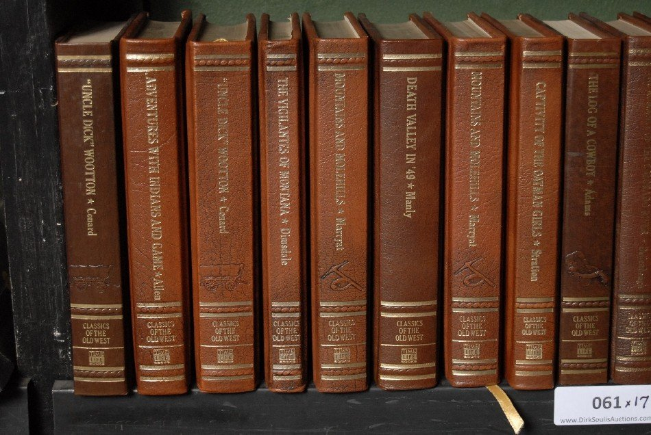 LOT OF 17 BOOKS ON THE OLD WEST