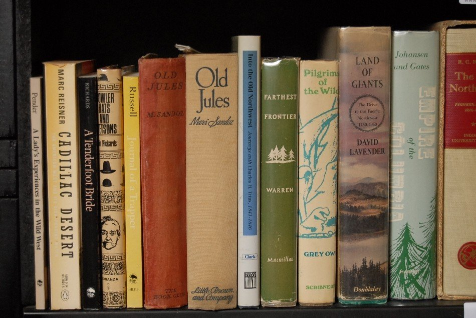 LOT OF 27 BOOKS ON THE OLD WEST