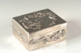 CHINESE EXPORT STERLING BOX SIGNED LAINCHANG
