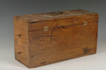 162: RARE UNIVERSAL SUPPLY OAK BATTERY C. 1900 - 2
