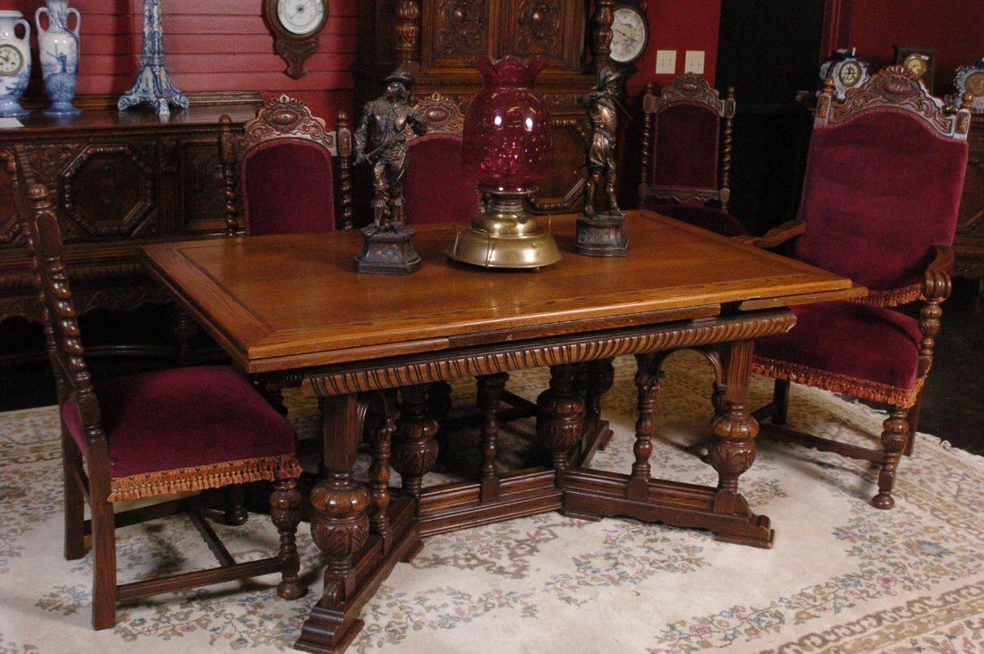 Superior TEN PIECE JACOBEAN STYLE DINING ROOM U0027HARVESTu0027 SET