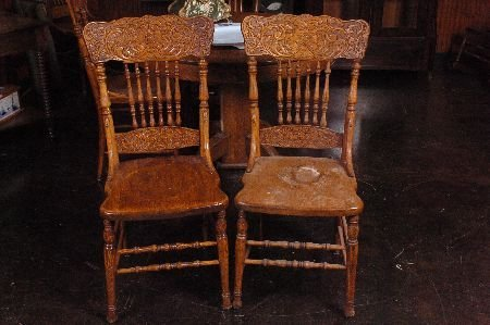 SET FIVE ANTIQUE OAK PRESSED BACK CHAIRS WITH NORTHWIND
