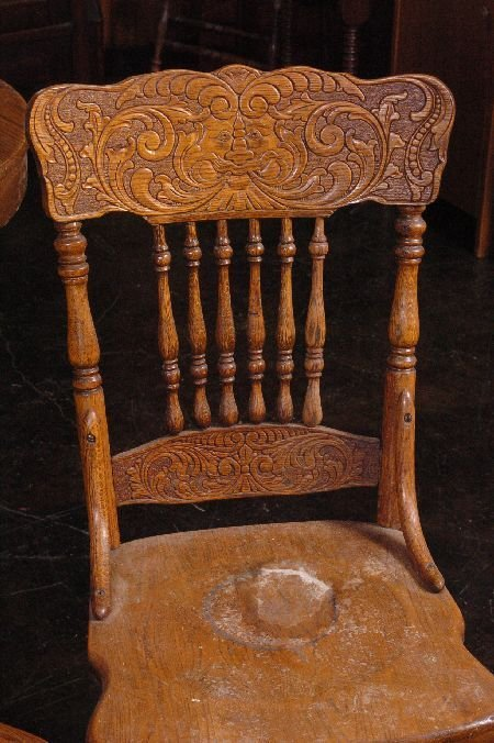 SET FIVE ANTIQUE OAK PRESSED BACK CHAIRS WITH NORTHWIND - 2